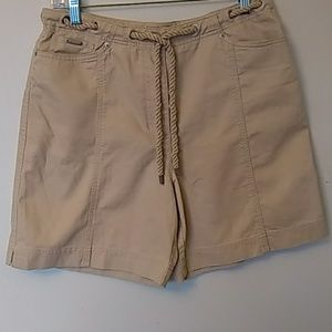Lauren Ralph Lauren cream shorts rope belt